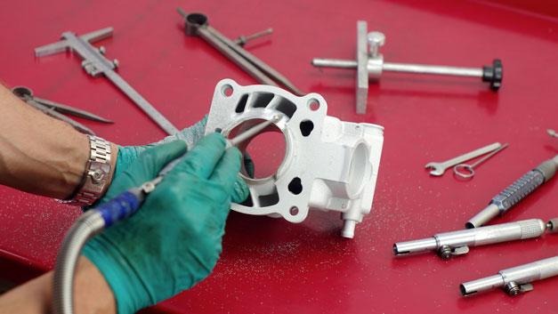 Preparazione elaborazione lavorazione cilindri