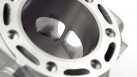 Lavorazione luci cilindro Honda CR 500