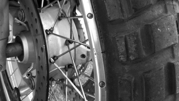 Raddrizzamento ruote raggi